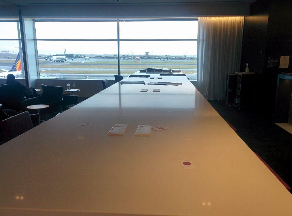 Sydney Air NZ Lounge USB