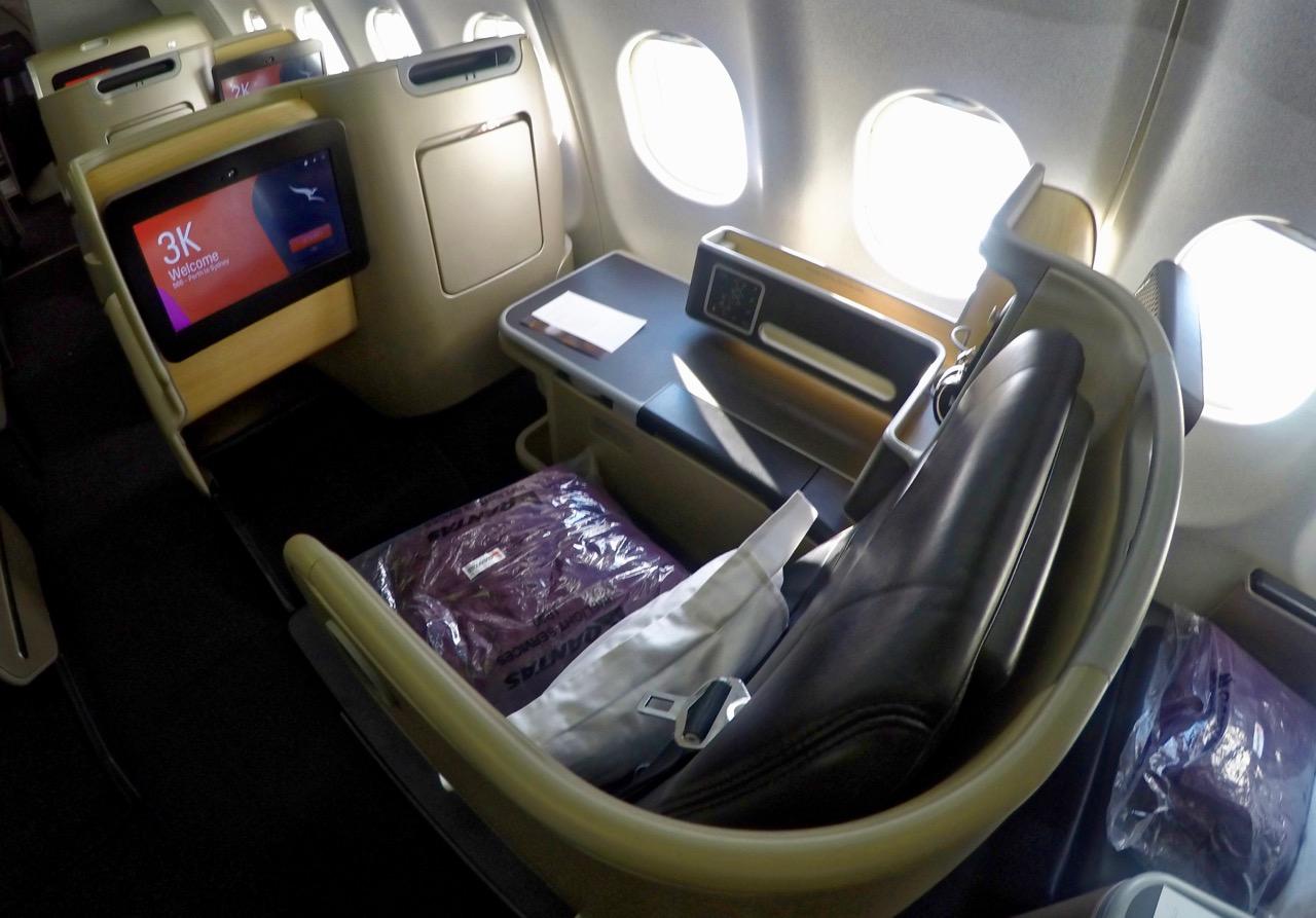 Qantas A330 Domestic Business Class Overview - Point Hacks NZ