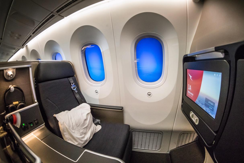 Qantas 787 Domestic Business Class overview - Point Hacks NZ