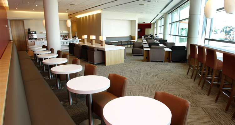 Plaza Premium Domestic Lounge in Terminal 3 at Toronto Pearson