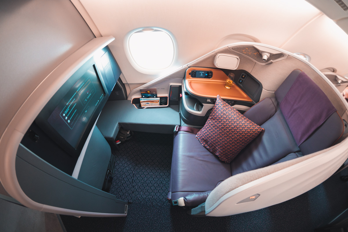 Singapore Airlines A380 New Business Class overview - Point ...