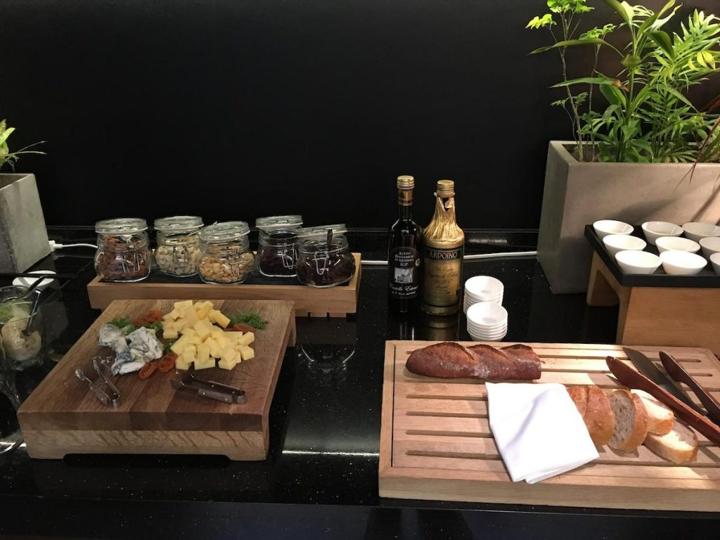Conrad Osaka Executive Lounge cheese and bread board